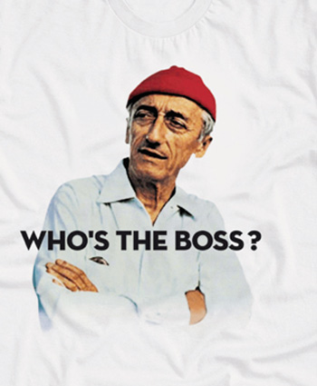 Qhuit Who\\\'s the Boss T-Shirt