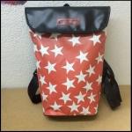 Rucksack klein aus Gebrauchtplane Sterne