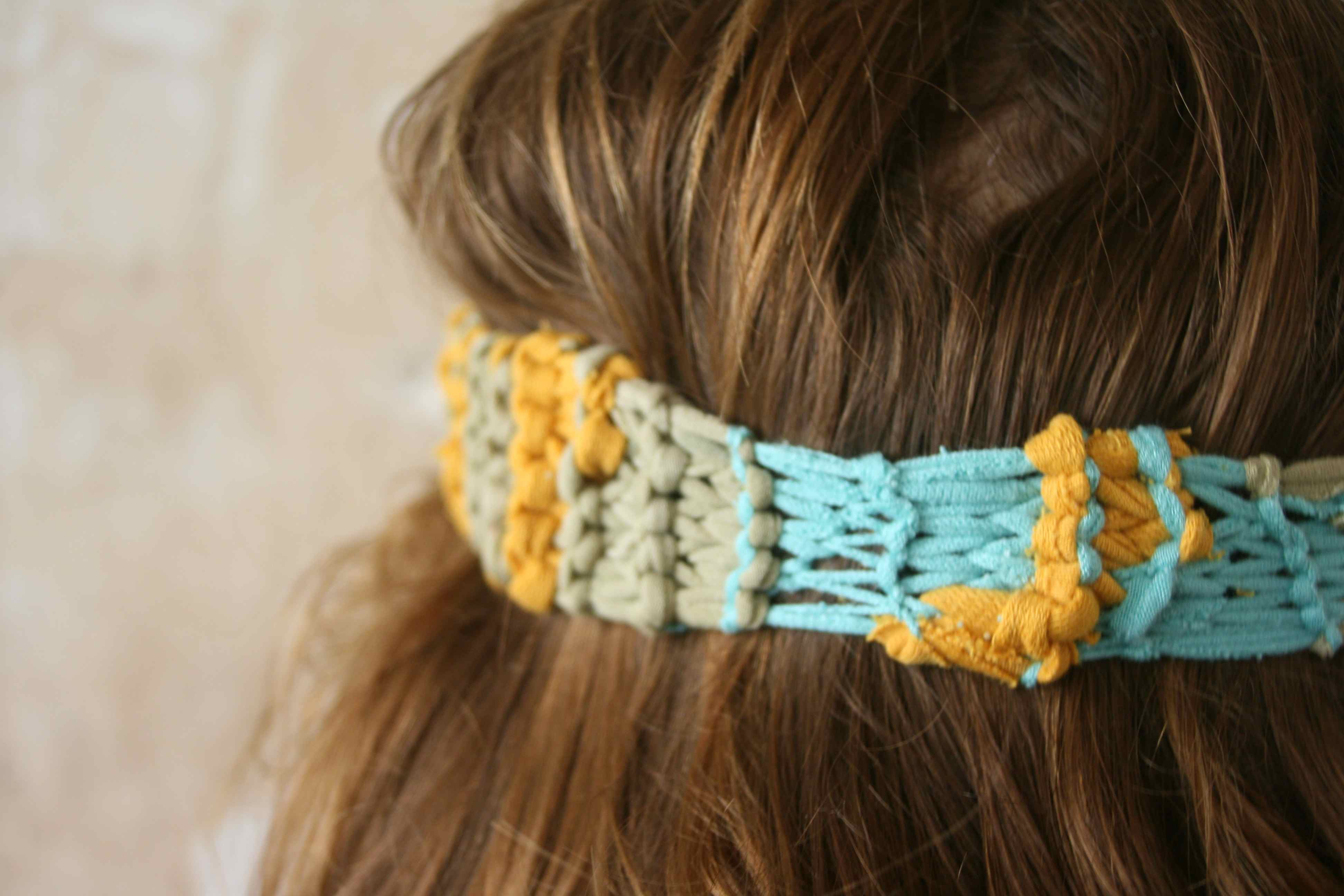 eins-zu-allen   stirnband.eins
